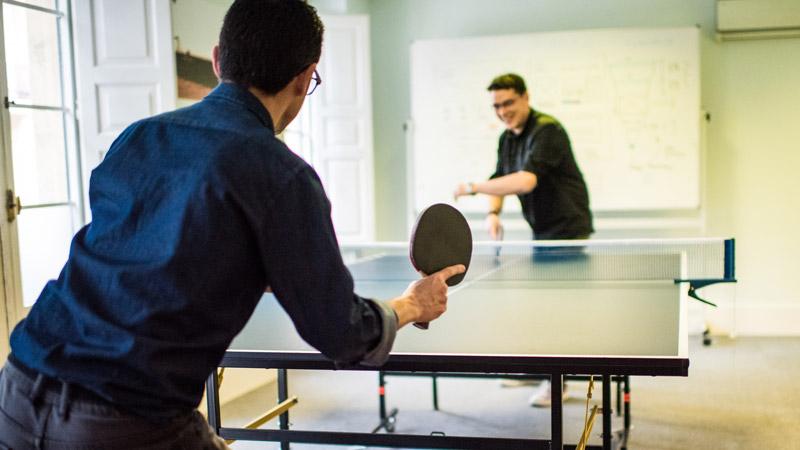 Ping pong en Aukera